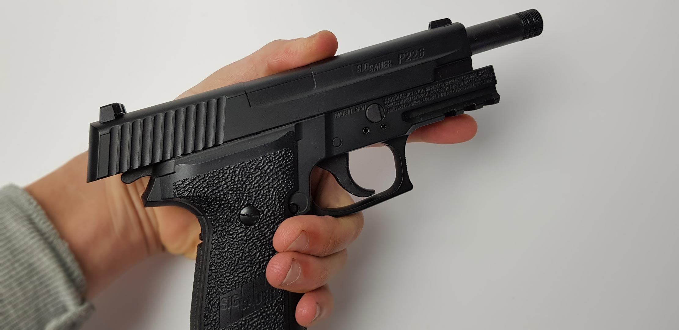 Sig Sauer P226 Blowback Co2 Pistole Kaufen Erfahrungen Und Schusstest Fiv Magazin