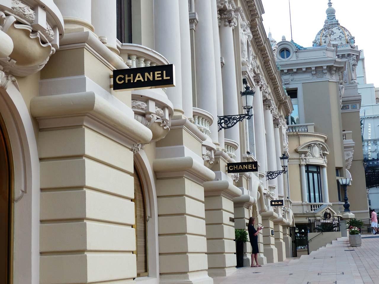 Chanel: N°5, bolso, cadena, gafas & más - Moda de Coco Chanel & Karl Lagerfeld