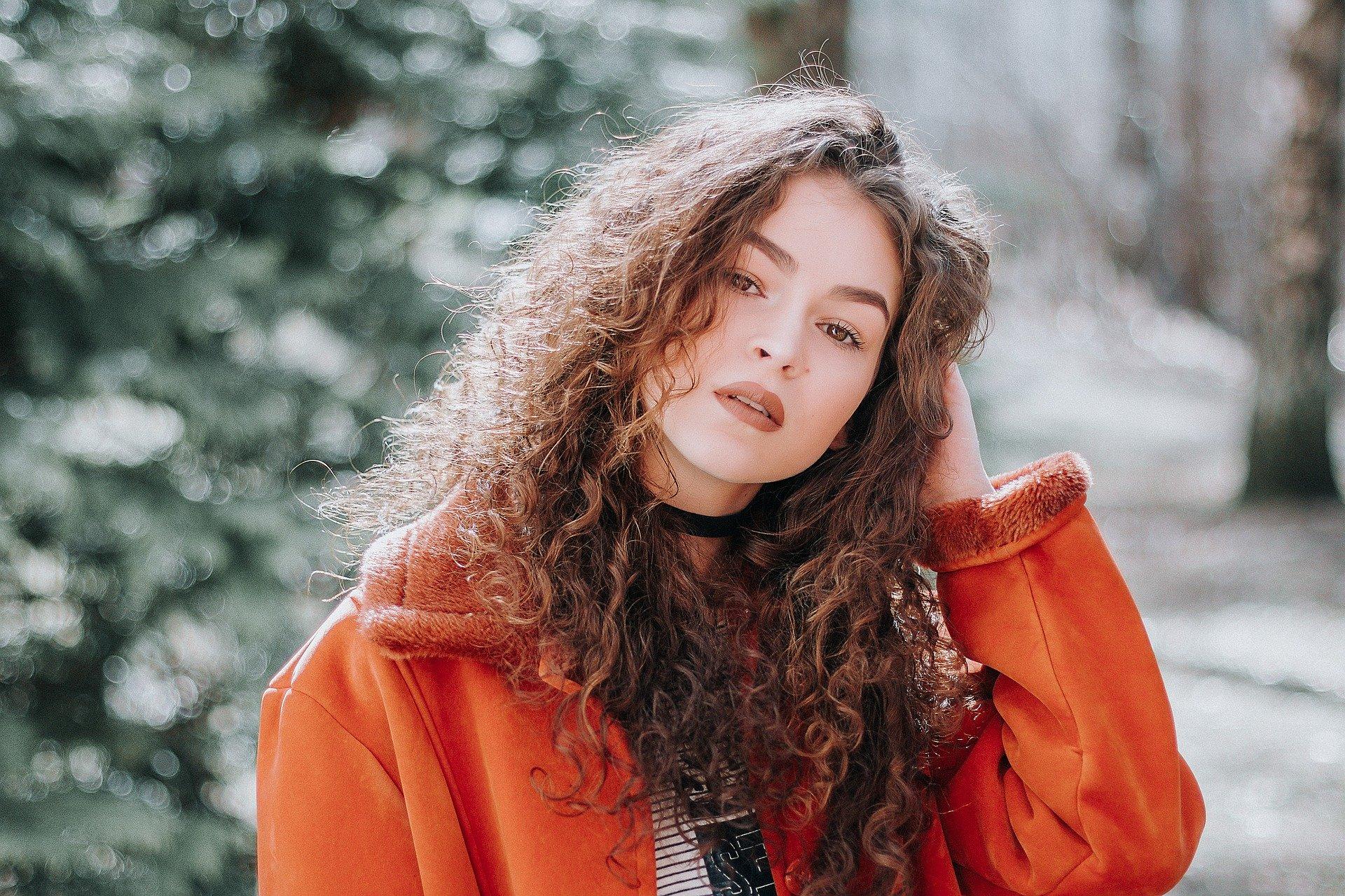 Tendencias de moda de invierno 2019 para mujeres con curvas / Moda de tallas grandes: estas tendencias se adaptan a las mujeres con curvas