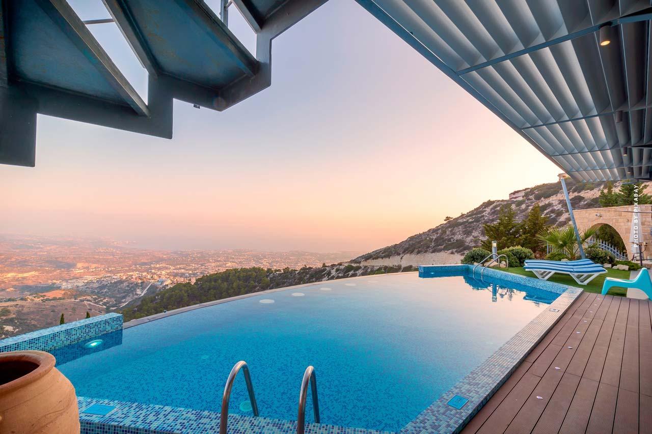 Bienes raíces de lujo en Mallorca - Top 19: Propiedades exclusivas de lujo, casas y apartamentos.