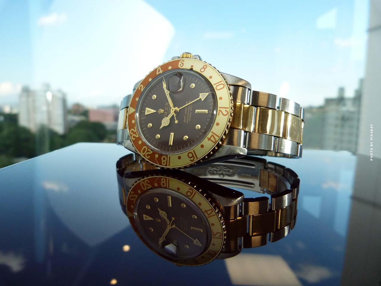 La casa de subastas Phillips (Ginebra) encuentra y vende los relojes más raros del mundo