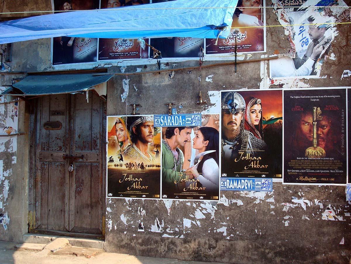 T-Series - YouTube, Bollywood y un toque de romance