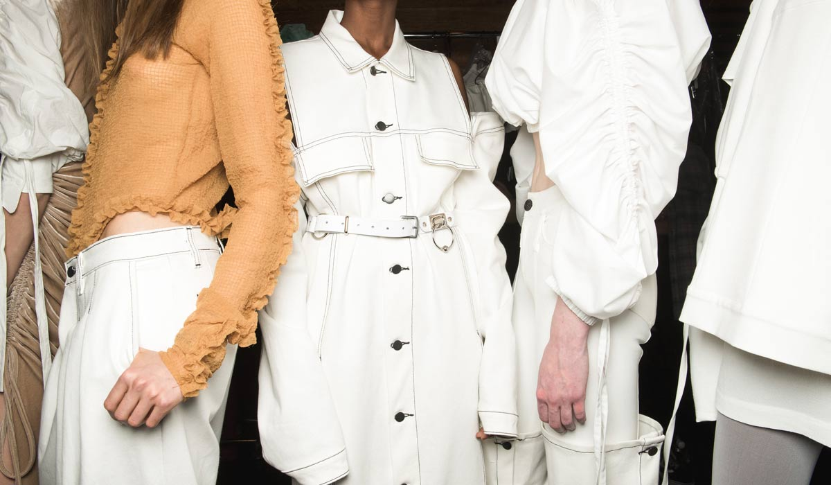 Balmain - Alta costura de primera clase, desfiles de moda y colaboraciones