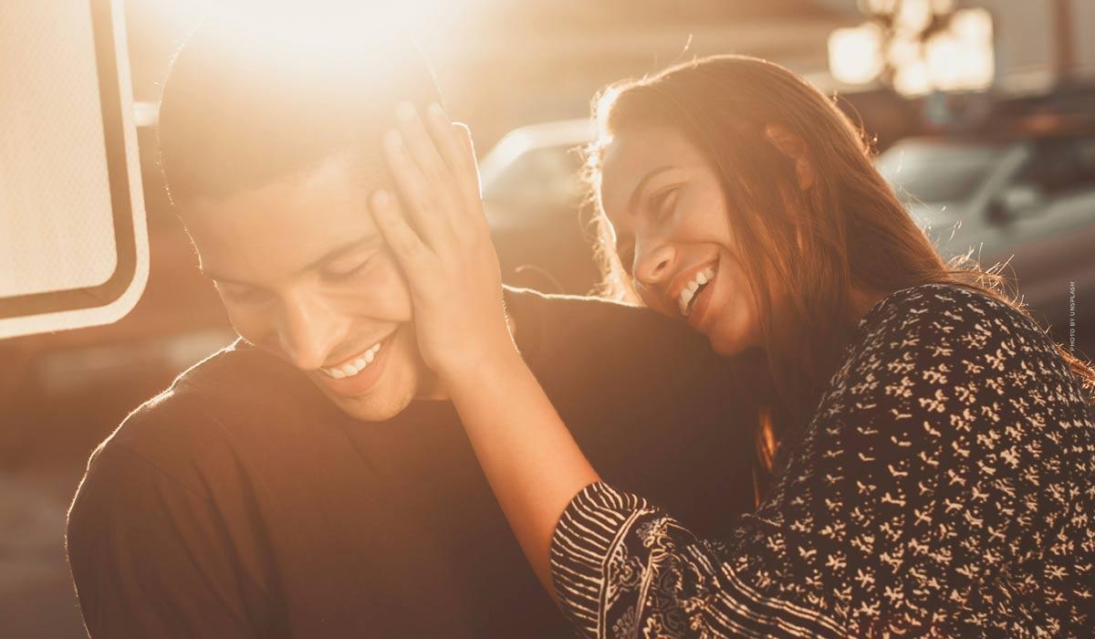 Consejos para una relación feliz: Dominar las crisis y mejorar la comunicación - la guía para hombres
