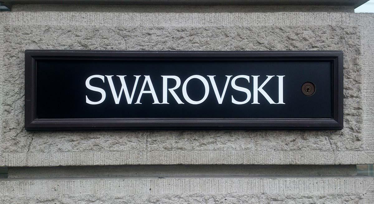 Swarovski: brazaletes, anillos, relojes y collares de cisne - desde hace 125 años