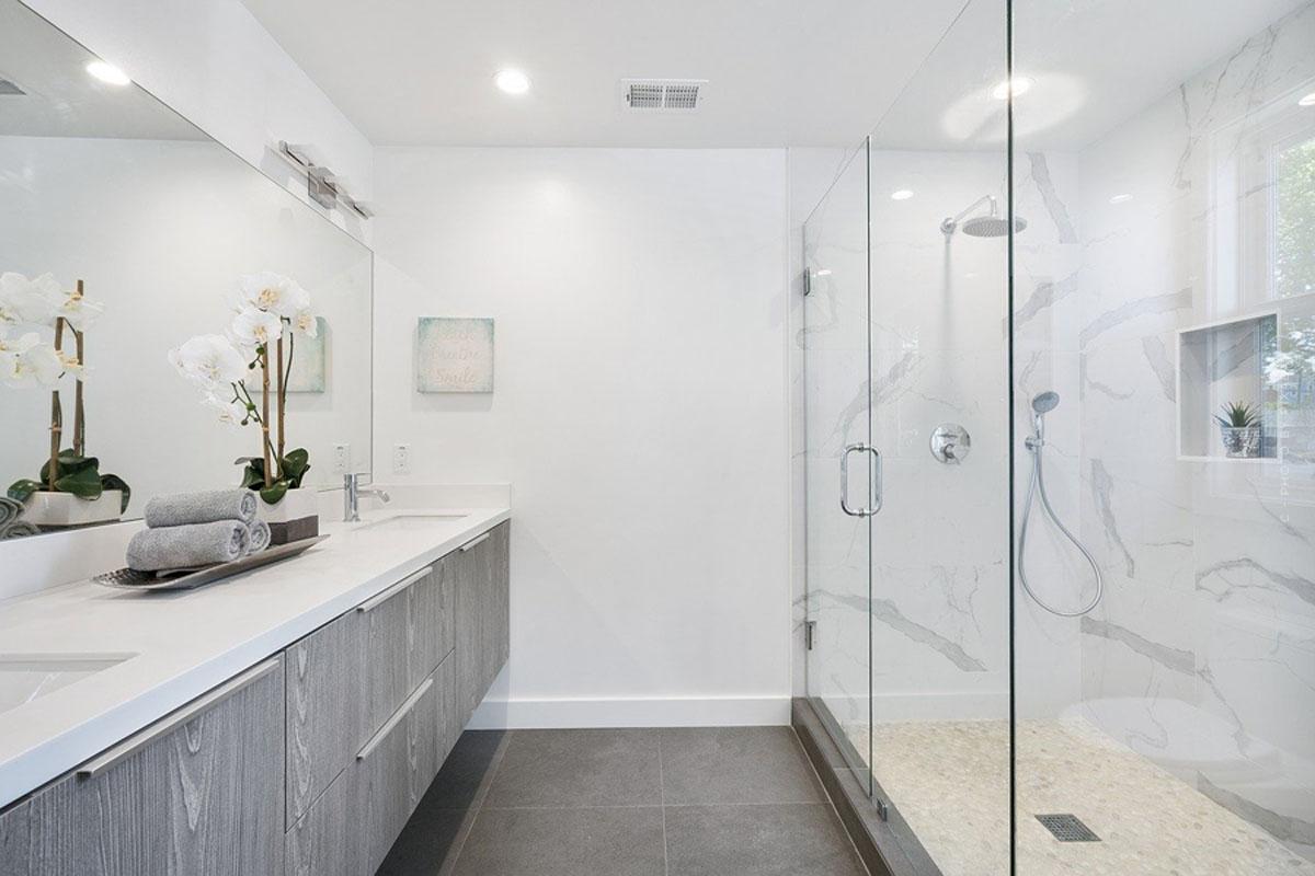 Muebles de baño: lavabos, bañeras, conjuntos y más para un perfecto equipamiento del baño