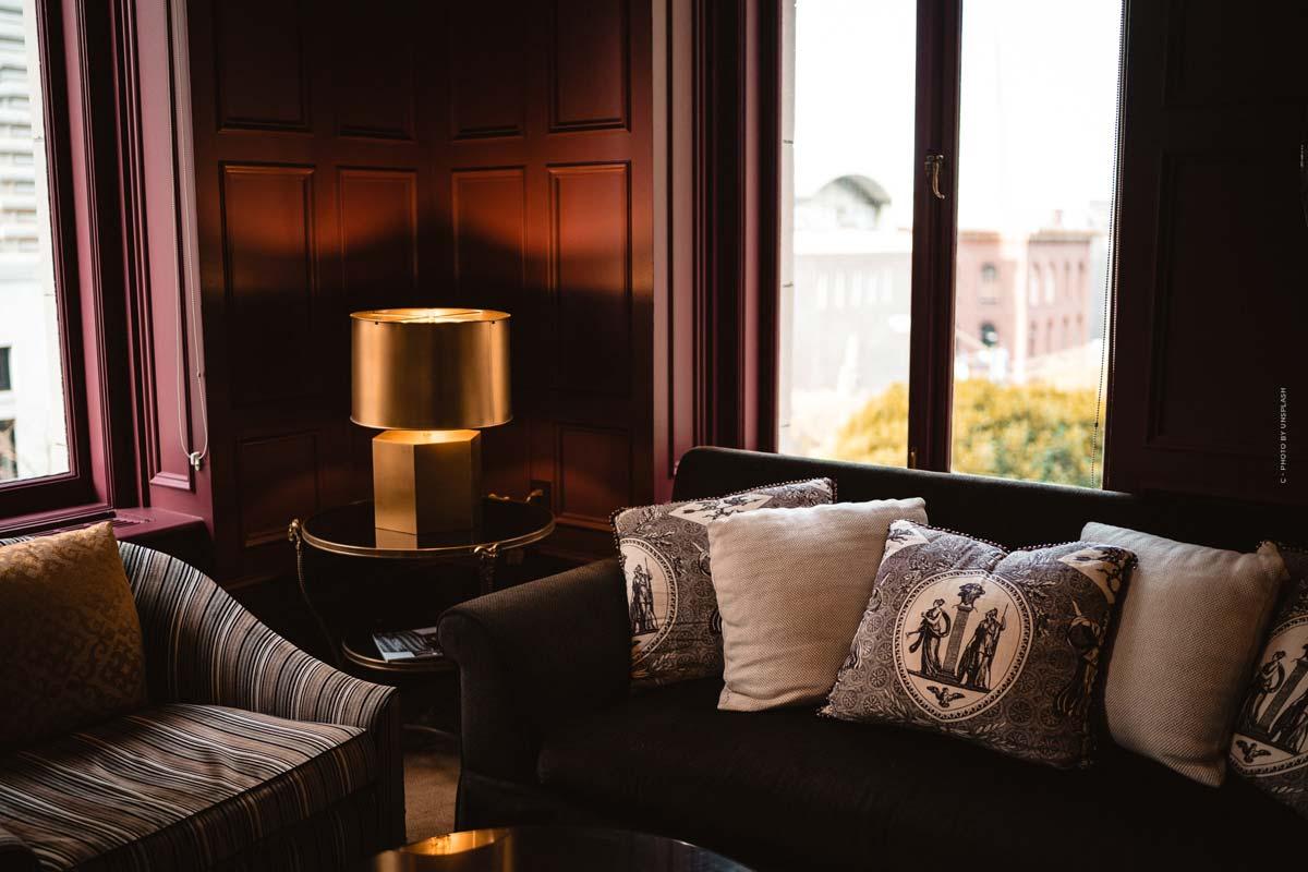 Poltrona Frau: Sofás, sillones y butacas de lujo italianos - Tradición desde hace 100 años