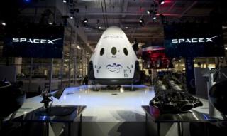 Agente de viajes espaciales: Los fundadores de SpaceTicket hablan de precios, listas de espera, SpaceX, Blue Origin y Virgin Galactic